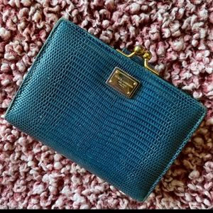 AUTH DOLCE & GABBANA TEAL LIZARD KISSLOCK WALLET
